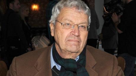 Gerhard Polt setzt sich in Corona-Zeiten mit der Geschichte der katholischen Kirche auseinander.