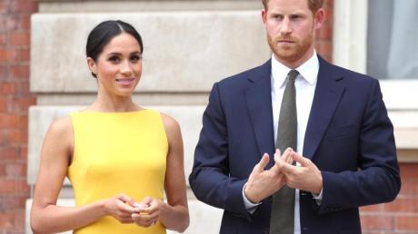 Prinz Harry von Großbritannien und seine Frau Meghan während des Empfangs «Deine Commonwealth-Herausforderung für die Jugend» im Marlborough House im Juli 2018.