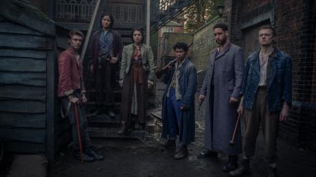 """""""Die Bande aus der Baker Street"""": Besetzung, Start, Handlung, Folgen und Trailer - lesen Sie hier alle Infos zur neuen Netflix-Serie."""