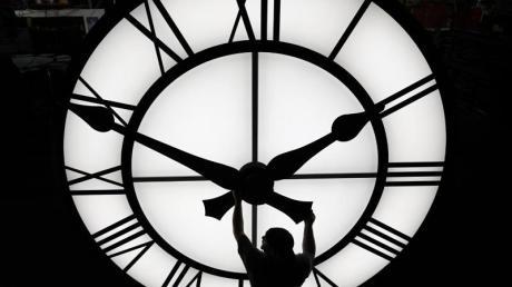 In der Nacht zum Sonntag wird die Uhr umgestellt.