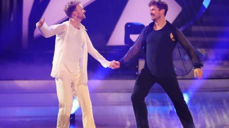 """Nicolas Puschmann und Profitänzer Vadim Garbuzov (l) überzeugten die Jury bei """"Let's Dance""""."""