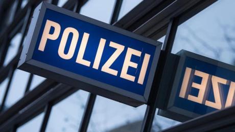 Auf der Staatsstraße zwischen Kühbach und Gachenbach ist es zu einem Unfall mit zwei Verletzten und hohem Sachschaden gekommen.