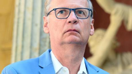 «Wir sollten uns einfach impfen lassen»: Günther Jauch appelliert nach seiner überstandenen Coronavirus-Infektion dafür, sich per Spritze zu schützen - der Wirkstoff sei «zweitrangig».
