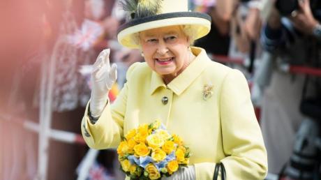 Die Queen wünscht Archie einen glücklichen Geburtstag.