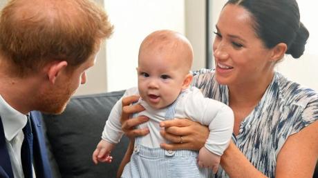 Harry und Meghan mit dem kleinen Archie, der jetzt zwei Jahre alt geworden ist.