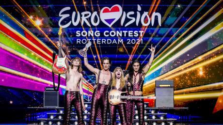 """Italien hat mit dem rockigen Protestsong """"Zitti e buoni"""" der Band Måneskin den Eurovision Song Contest in Rotterdam gewonnen."""