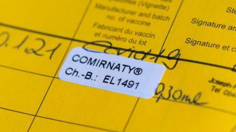 Impfpässe seien «die wohl heißeste Fälscherware», hieß es von der Staatsanwaltschaft München I.