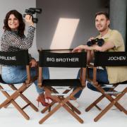 """""""Promi Big Brother"""" läuft im Sommer auf Sat.1. Alles über Sendetermine, Sendezeit, Übertragung und Moderatoren erfahren Sie hier."""