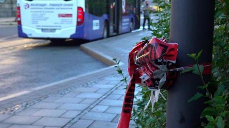 Bushaltestelle in Hof. In der Nähe wurde in der Nacht zum 06.07. ein Busfahrer tödlich verletzt.