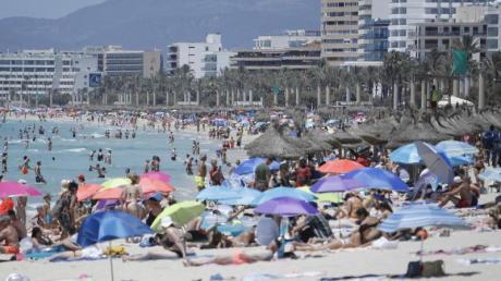 Die Bundesregierung nimmt die Einstufung mancher Regionen Spaniens als Hochrisikogebiet zurück.