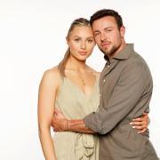 """""""Sommerhaus der Stars"""" 2021: das Promi-Paar Benjamin Ryan Melzer und Elisabeth Marie Hofbauer."""