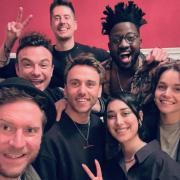 """""""Sing meinen Song"""" geht nächstes Jahr bei  Vox mit Staffel 9 an den Start. Hier erfahren Sie die Namen der Sängerinnen und Sänger. Im Bild (von links): Floor Jansen, Johannes Oerding, Vincent Stein, Dag-Alexis Kopplin, Clueso, Kelvin Jones, Elif, Lotte."""