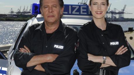 Die Schauspieler Jan Fedder (l) und Dorothea Schenck in Hamburg.