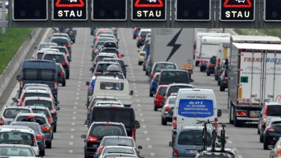 Autobahn 9: Seitenstreifen und neuer Asphalt: Bis Oktober wird auf ...