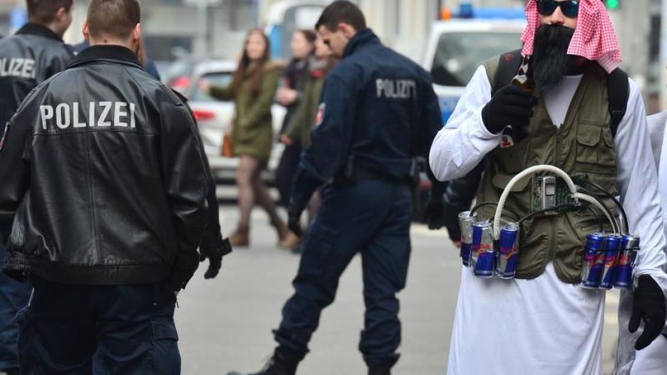 Kriminalitat Karnevalsumzug In Braunschweig Wegen Terrorgefahr