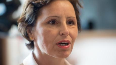 2014 musste Christine Haderthauer wegen der sogenannten Modellauto-Affäre als bayerische Staatskanzleichefin zurücktreten. Das Verfahren gegen ihren Anwalt wurde jetzt eingestellt.