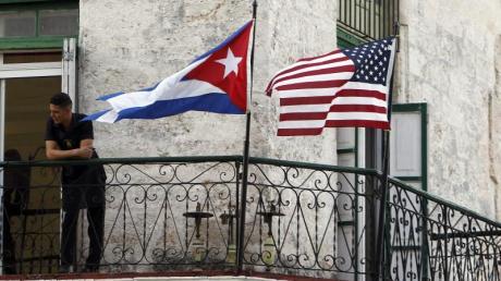 Kurz vor dem Ende von Präsident Trumps Amtszeit hat seine Regierung Kuba wieder auf die US-Terrorliste gesetzt. Das Bild zeigt die Kuppel des kubanischen Kapitols in Havanna.