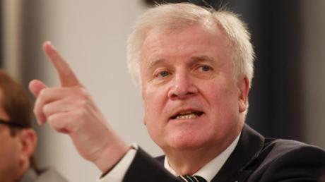 Doch noch nicht amtsmüde:Der bayerische Ministerpräsident Horst Seehofer (CSU).