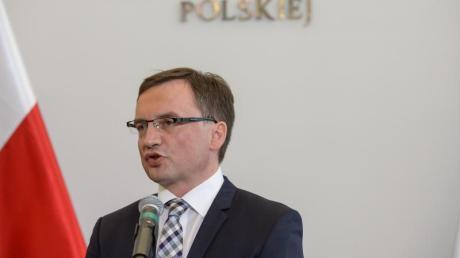 Justizminister Zbigniew Ziobro in einer Sitzung des polnischen Senats.