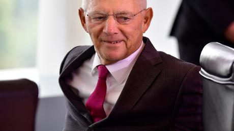 CDU-Politiker Wolfgang Schäuble: Als erster Finanzminister seit 1969 brachte der Badener einen Haushalt ohne zusätzliche neue Schulden zustande.