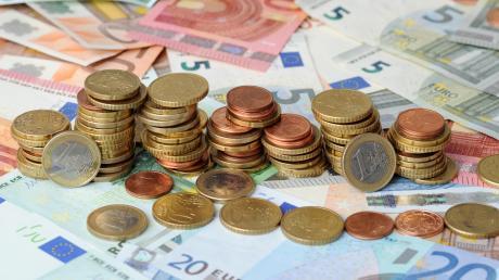 Die 41 Millionen Euro vom Staat teilen sich der Landkreis Günzburg und die kreisangehörigen Gemeinden fast zur Hälfte auf.