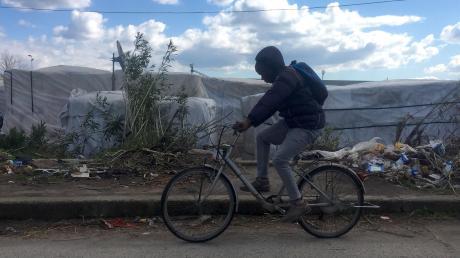 San Ferdinando in Kalabrien: Bis zu 2500 Flüchtlinge hausen hier in Gettos.