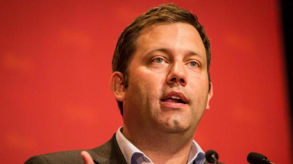 SPD-Generalsekretär Lars Klingbeil fordert für Internetkonzerne wie Facebook und Co eine weitgehende Regulierung. Foto: Christoph Schmidt
