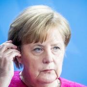 Die Flüchtlingspolitik hat sich zur größten Krise der Kanzlerschaft von Angela Merkel entwickelt. Foto: Michael Kappeler
