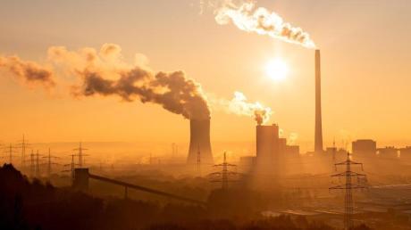 Weltweit wird CO2 ausgestoßen, das dem Klima schadet. Doch welches Land ist der größte Klimasünder?