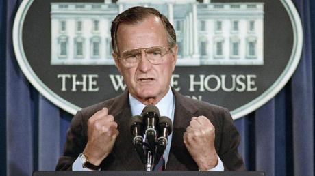 George H.W. Bush war von 1981 bis 1989 Vizepräsident unter Ronald Reagan und anschließend vier Jahre lang Regierungschef in Washington.
