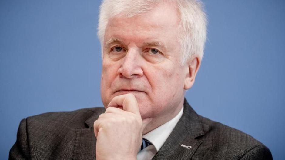 Horst Seehofer (CSU), Bundesminister für Inneres, Heimat und Bau. Foto: Michael Kappeler/Archiv