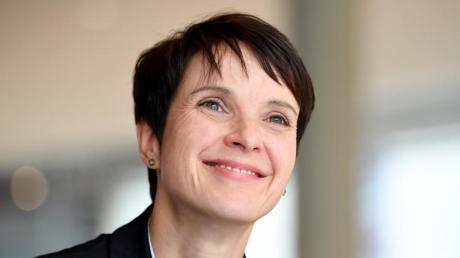 Frauke Petry hat nach ihremAfD-Austritt die «Blaue Partei» gegründet. Foto: Britta Pedersen