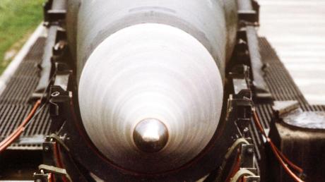 Eine Diskussion über Atomwaffen in einem Marktrat wie Neuburg: Das gibt es eher selten.Im Bild eine Pershing-2-Atomrakete der US-Streitkräfte. (Symbolbild).
