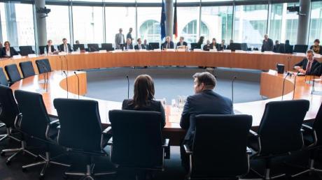 Im Untersuchungsausschuss war auch über Aufnahmen vom Tatort an der Gedächtniskirche gesprochen worden, auf denen angeblich Bilal Ben Ammar zu sehen sein soll.