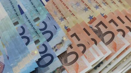 Euro-Geldscheine. Foto: Bernd Wüstneck/Symbolbild