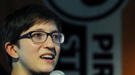 Julia Reda ist die einzige Europaabgeordnete der Piratenpartei. Mit einem Paukenschlag zieht sie sich jetzt zurück.