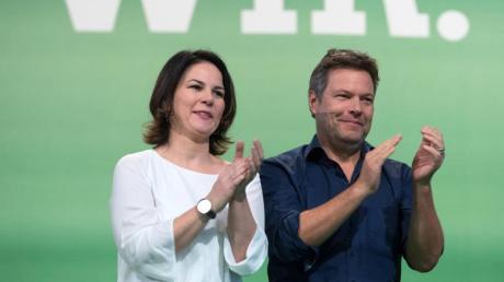 Annalena Baerbock und Robert Habeck, die Bundesvorsitzenden von Bündnis 90/Die Grünen. Ihre Partei hat einer aktuellen Umfrage zufolge ein ähnlich hohes Wählerpotential wie das der Union. Foto: Hendrik Schmidt