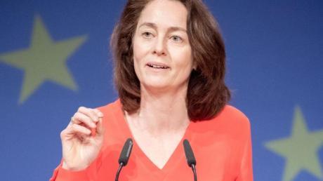 Katarina Barley möchte Maßnahmen für die Regierungen von Ungarn und Polen erwirken.