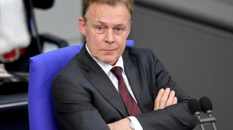 Thomas Oppermann, SPD-Bundestagsvizepräsident, während einer Sitzung des Bundestages. Foto: Britta Pedersen