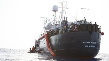 """Die Rettungsorganisation Sea-Eye will mit dem Schiff """"Alan Kurdi"""" in Malta anlegen."""