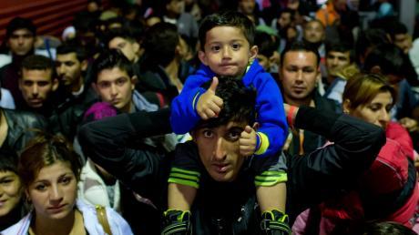 Im Sommer 2015 kamen über viele Tage tausende von Flüchtlingen am Hauptbahnhof München an.