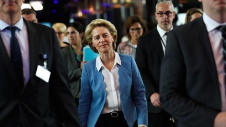 Nach zähem Ringen haben die EU-Staats- und Regierungschefs Ursula von der Leyen als Kommissionspräsidentin vorgeschlagen. Foto: Francisco Seco/AP