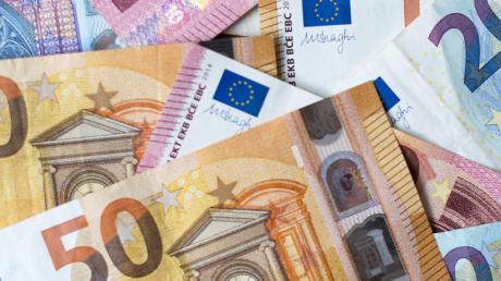 Zehn Milliarden Euro an zusätzlichen Staatseinnahmen erhofft sich die SPD aus der Vermögensteuer. Profitieren sollen die Bundesländer, die damit den Investitionsstau in den Kommunen langsam auflösen könnten.