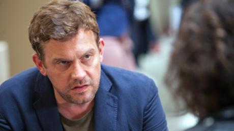 "Kritik zum Tatort heute: Sebastian Bezzel scheitert bei ""Maleficius"" als Bösewicht."