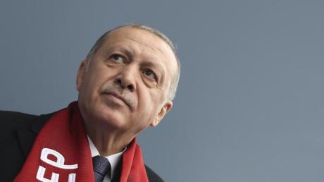 Präsident Erdogan hat erneut damit gedroht, die Grenzen nach Europa für syrische Flüchtlinge zu öffnen. Foto: Pool Presidential Press Service/AP