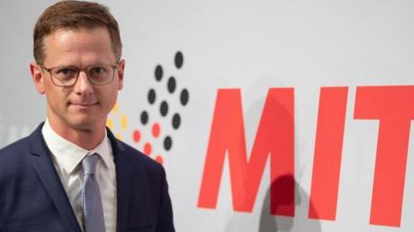 Carsten Linnemann ist als MIT-Bundesvorsitzender wiedergewählt worden. Foto: Swen Pförtner