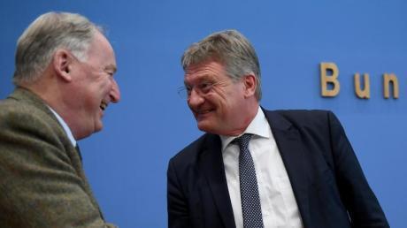 AfD-Chef Jörg Meuthen (rechts) hat den Rauswurf von Andreas Kalbitz vorangetrieben. Der Ehrenvorsitzende Alexander Gauland wollte ihn verhindern.
