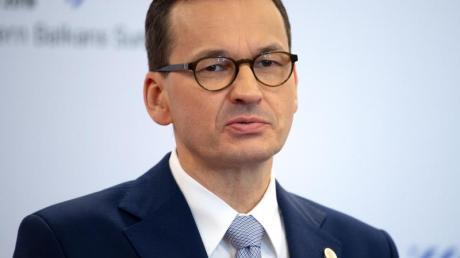 Mateusz Morawiecki, Ministerpräsident von Polen, spricht auf einer Pressekonferenz beim Westbalkan-Gipfel im Juli 2019. Foto: Monika Skolimowska/zb/dpa