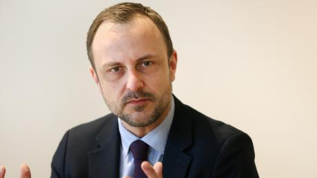 """Terror-Experte Peter Neumann: """"Das deutsche Waffenrecht hat in Halle zweifellos zahlreichen Menschen das Leben gerettet."""""""