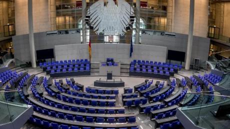 Wegen zahlreicher Überhang- und Ausgleichsmandate sitzen seit der letzten Bundestagswahl 709 Abgeordnete im Parlament - so viele wie nie zuvor.
